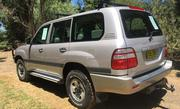 Toyota Landcruiser 334975 miles